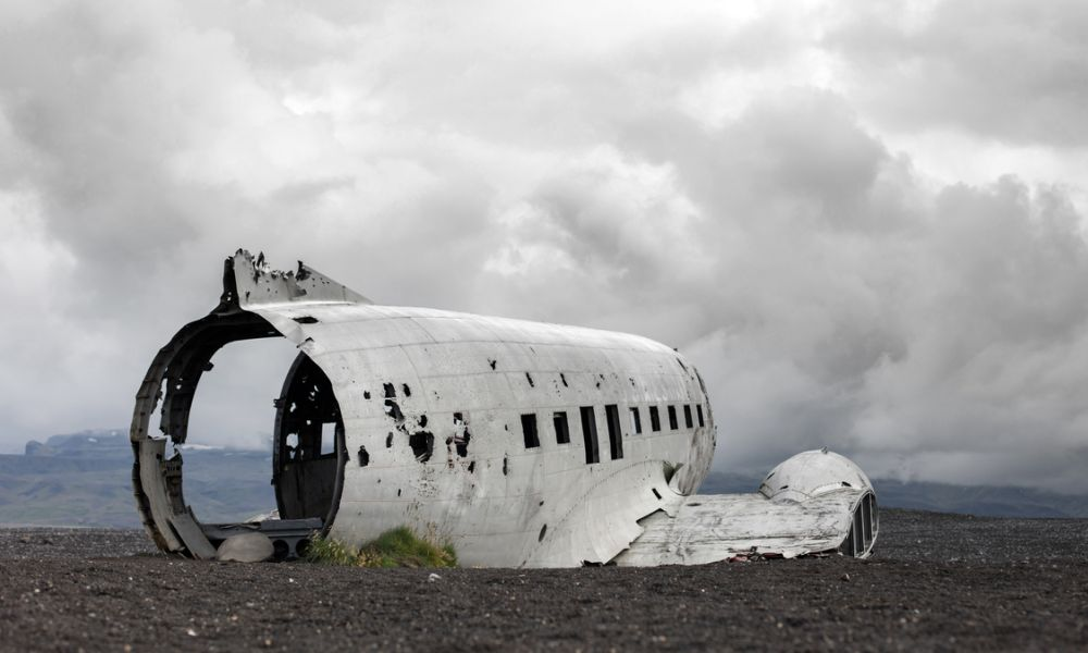 Abandoned plane wreckage