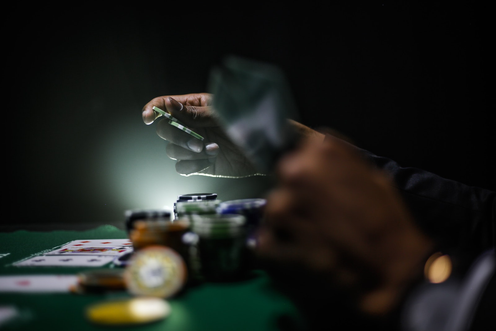 Libromania #13: Dostoevsky's Gambling Problem
